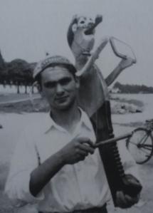 Galegos, Barcelos (1961) Tocador de reque-reque